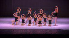 sin profesores ni directora, la escuela de danzas cerro el ano ante un incierto futuro