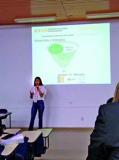 Avanzada, Agustina Flores  elabora su futuro  profesional