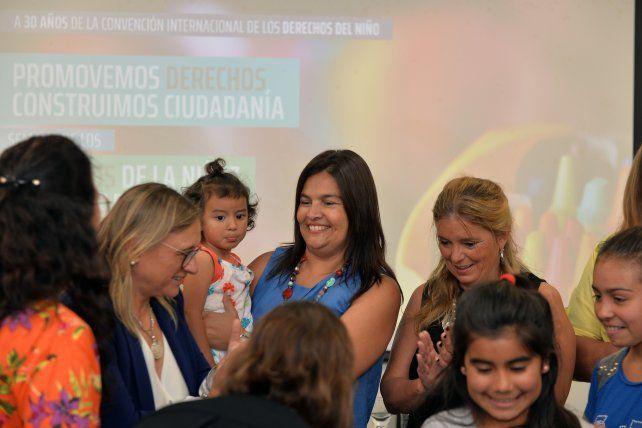 Priorizan políticas en favor de derechos  de niños y adolescentes