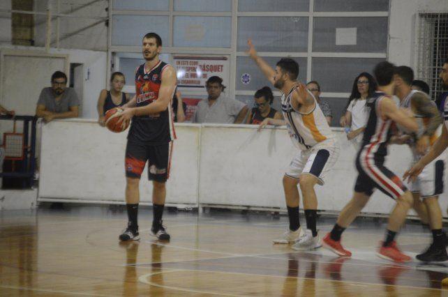 El elenco de Santiago Vesco ganó los seis juegos que disputó.