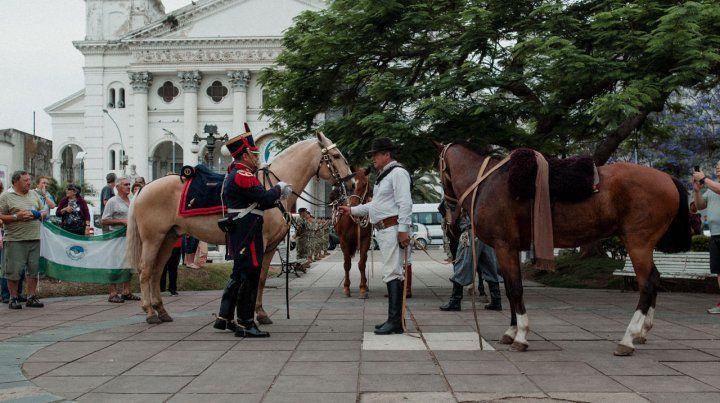 Granadero se retiró del ejército y donó su uniforme al museo