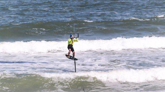 Video: viví desde adentro una regata de Kitesurf