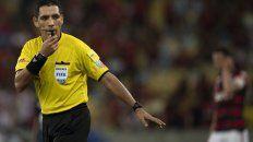 El peruano fue reemplazado por el uruguayo Esteban Ostojich.
