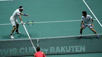 Mayer y González no pudieron ante los tenistas españoles.
