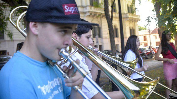 Llegan los Trombones a Paraná con la intención de hacer historia