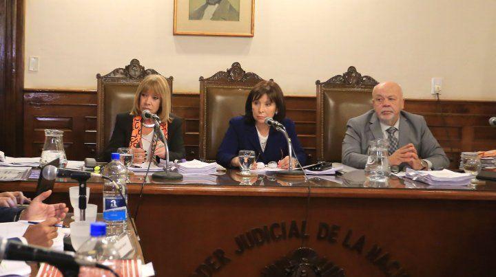 Los contadores del municipio atacaron el informe de la Federal