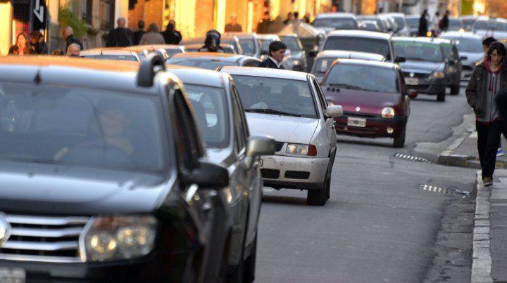 La caída en las ventas de vehículos 0km podría superar el 45% este año