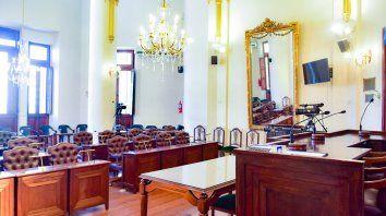 el lunes juraran concejales electos