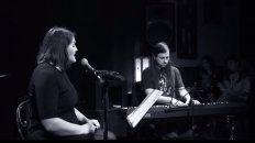 Flopa Suksdorf (Voz) y Francisco Lo Vuolo (Piano) en vivo en la Jam de El Taller - Junio 2017.