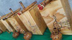 Presos fabricaron instrumentos para escuelas y la UP 6