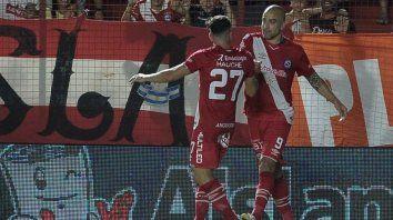 Santiago Silva pieza clave en el equipo de La Paternal.
