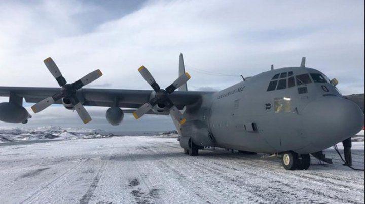 Un avión militar desapareció en el sur de Chile con 38 pasajeros a bordo
