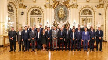 el presidente y los gobernadores acordaron suspender el pacto fiscal