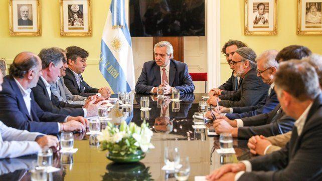 El Presidente escuchó a la Mesa de Enlace y se comprometió a analizar propuestas