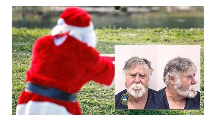 Un hombre de barba blanca robó un banco dos días antes de Navidad.