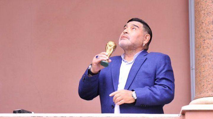 ¿A qué fue Diego Maradona a la Casa Rosada?