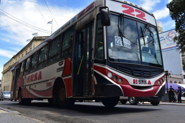 En crisis, el transporte local y el provincial aguardan que Nación decida los subsidios