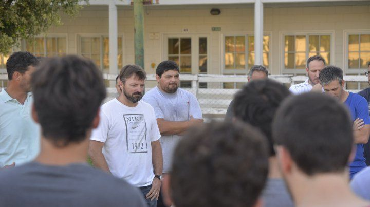 Primer reunión con los entrenadores.