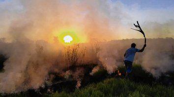 nuevas quemas de pastizales en victoria