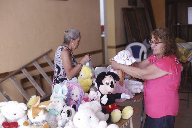 Cáritas Guadalupe recibe donaciones para festejar Reyes con los chicos