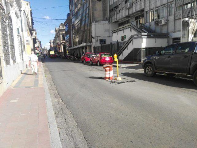 Por hundimiento en calzada habrá corte de tránsito en calle Urquiza