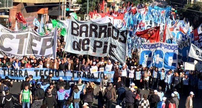 Movimientos sociales respaldaron la reforma impositiva de Kicillof