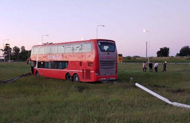 Despistó un colectivo en la autovía nacional 14