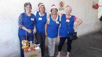 voluntarias brindan apoyo a pacientes internados