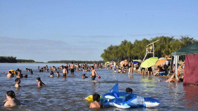 La playa se llenó el primer fin de semana del año