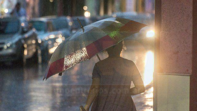 Llueve abundantemente en Paraná y alrededores