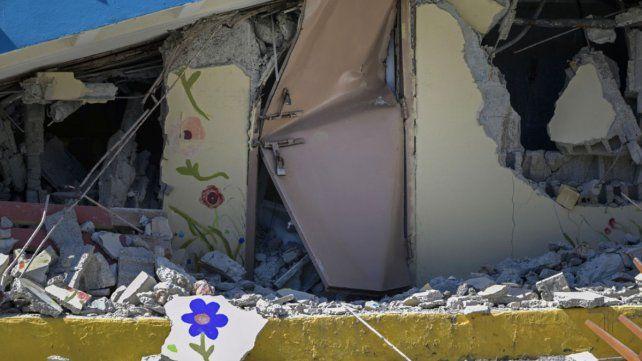 El sismo del 7 de diciembre dejó dañadas muchas construcciones. Este sábado