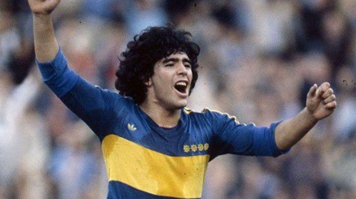 Maradona con La de Boca.