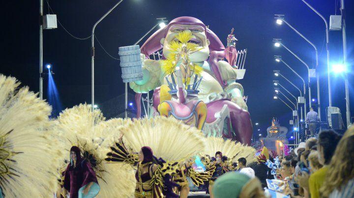 El Carnaval del Gualeguaychú brilló en su primera noche con más de 23.000 personas