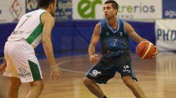 Ignacio Fernández fue la figura del AEC. Anotó el doble ganador y cerró el juego con 20 tantos.