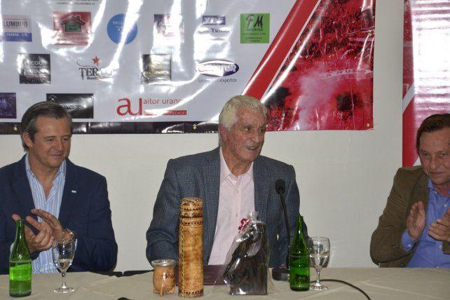 Amadeo brindó una conferencia de prensa en su visita a Paraná
