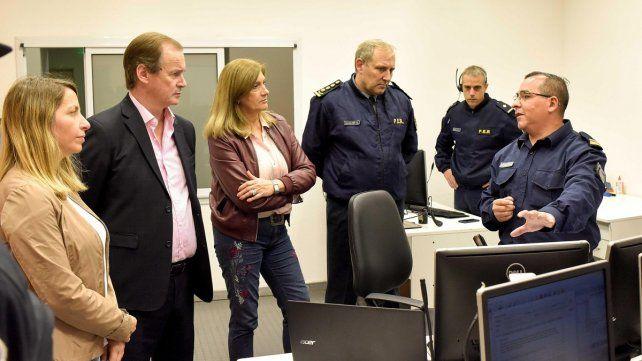 Bordet, Stratta y Romero observaron cómo trabajan en el 911.