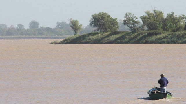 El 6 de abril un pescador artesanal salió a recorrer el Paraná.