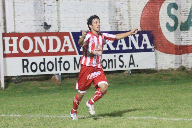 Chitero, con la camiseta de Atlético Paraná