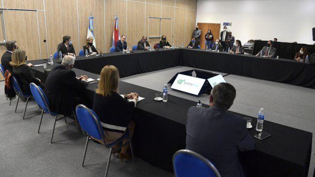 El gobernador de Entre Ríos presenció el sorteo por videoconferencia.