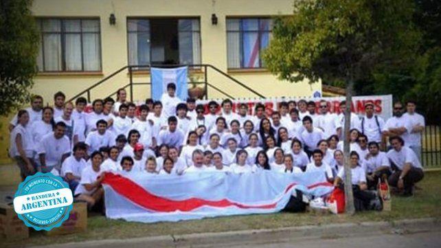 Cuerpo de baile que fue con la delegación de Entre Ríos de 2.013 al Próspero Molina Cosquin