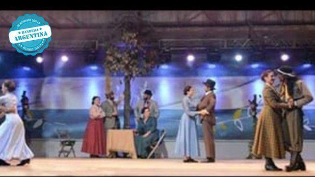 Distintas parejas de la costa de Paraná fuimos a competir a Loberdo. Córdoba en el rubro Conjunto de danza tradicional. En Laborde se realiza el Festival Nacional de Malambo. Representamos una chamarrita de 1920