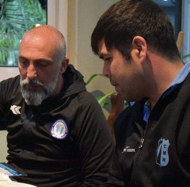 Miguel Rabbia entrenador de Mariano Moreno Futsal dando charlas en las redes sociales