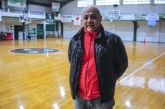Juan Movio, presidente del Club Ciclista de Paraná.