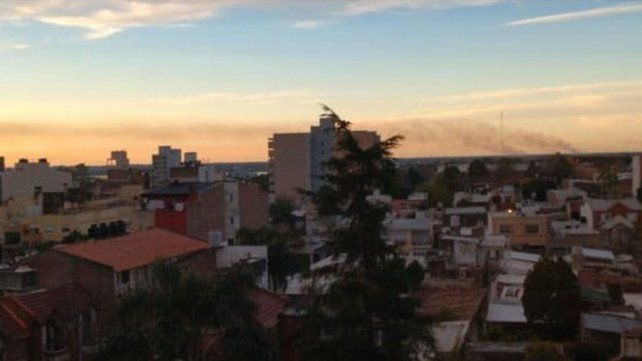 Aire irrespirable y columnas de humo: las quemas afectan a Paraná