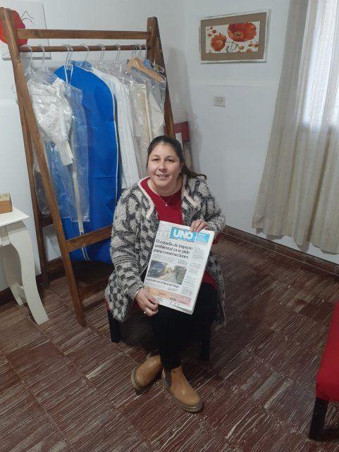 Claudia es diseñadora textil.