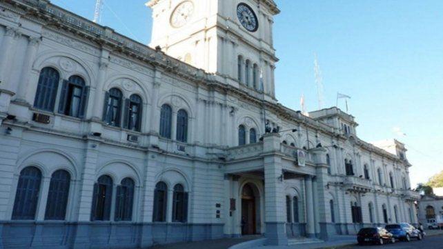 Tanto en la Contaduría General como la Tesorería General están a la espera de una decisión del gobernador, GustavoBordet.