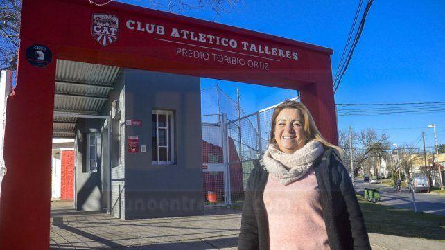 """""""Nuestro campo dedeportesque esta ubicado en Toribio Ortiz y Cruz del Sur, en el corazón de la ciudad de Paraná, es un área que estamos cuidando"""", dijo la presidenta."""