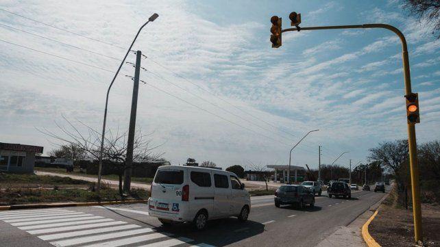 En Almafuerte y calle 854 de Paraná funcionará un nuevo semáforo