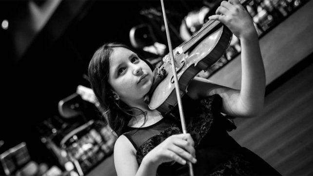 Pilar Magalí Policano ofrecerá un recital virtual el domingo con la pianista Paula Gelpi en el ciclo de Asociación Mariano Moreno. Se podrá seguir vía Facebook.