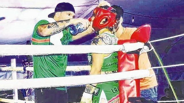 La paranaense Cinthia Salomé González La Camionera desde los 6 años comenzó a practicar boxeo como un hobby. Este deporte se volvió su prioridad